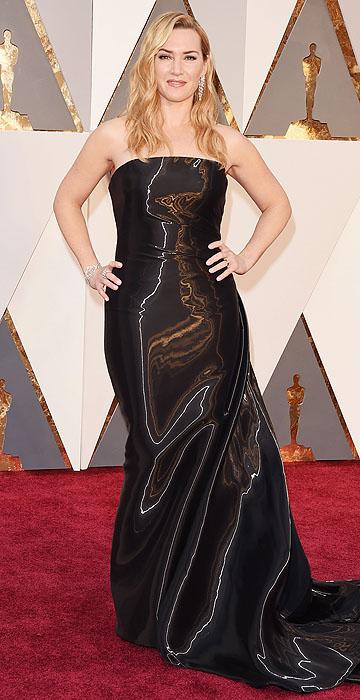 Amo ela! Kate fica mais linda a cada ano! O metalizado do vestido pode dividir opiniões, mas eu achei que ela ficou muito bela!