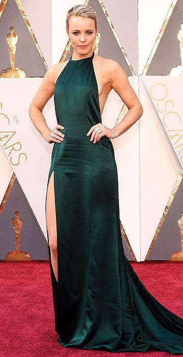 Adorei esse tom de verde do vestido de Rachel McAdams.