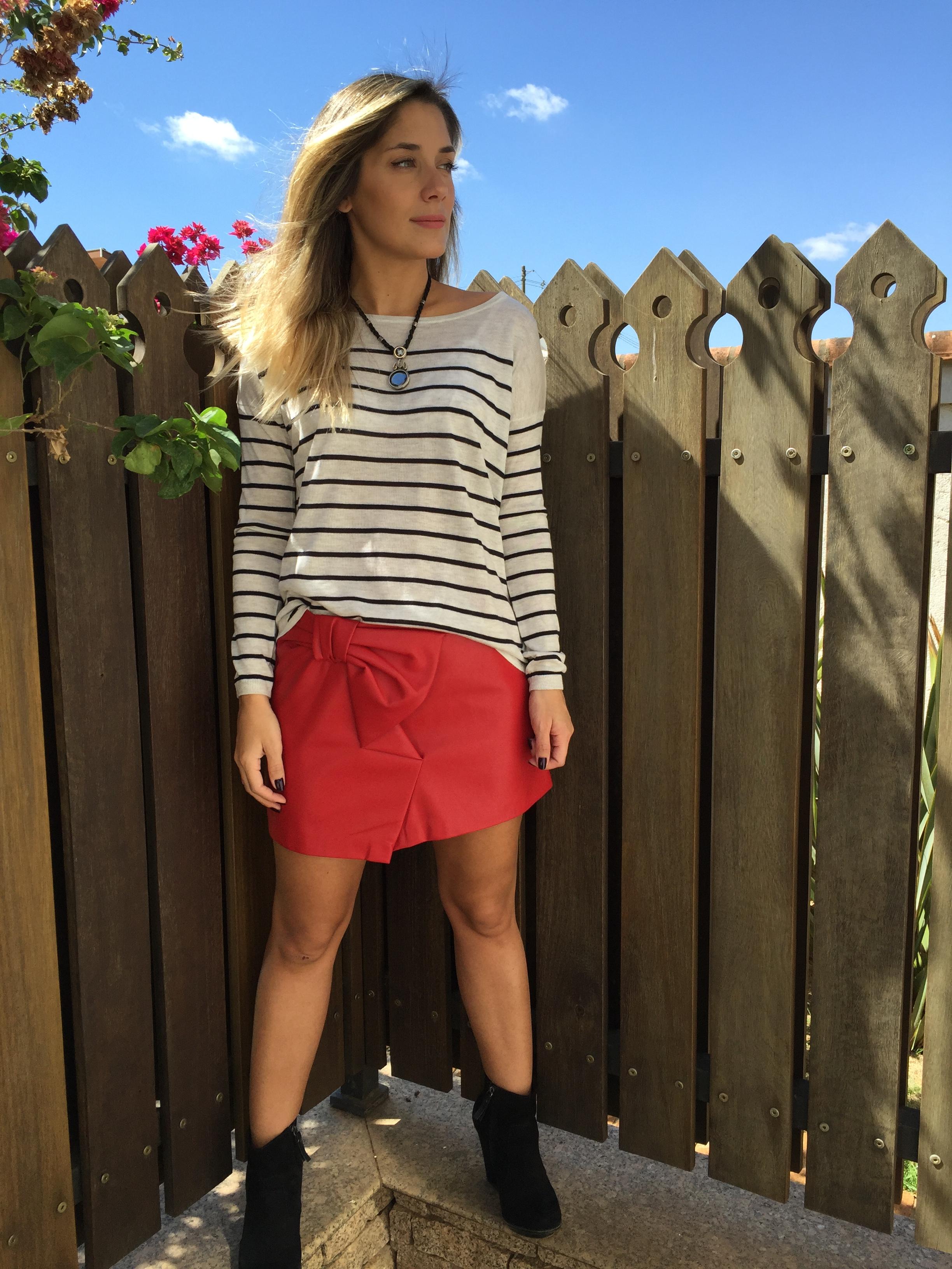 blusa: H&M/ colar: Sandra Frias Design