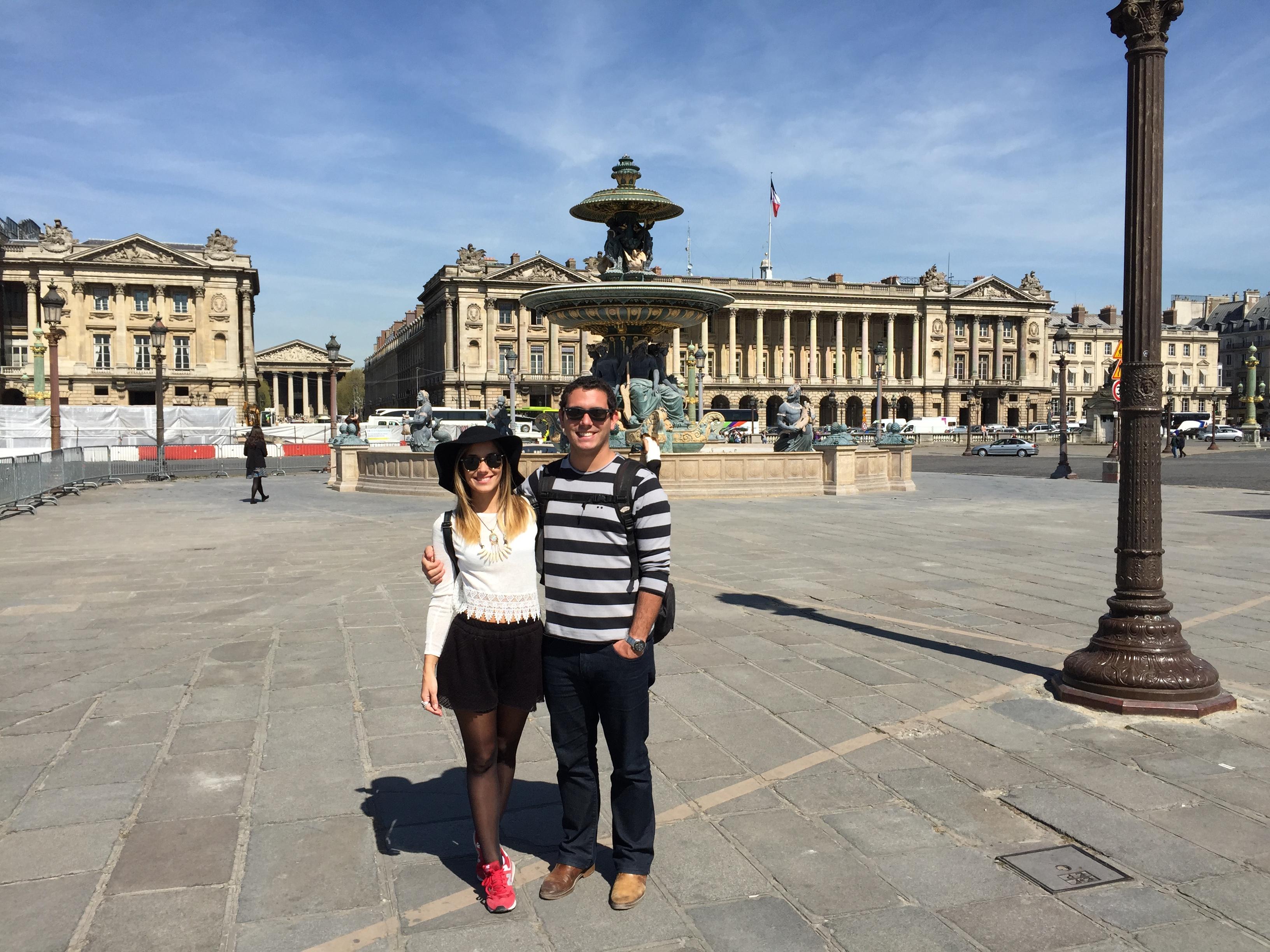 A segunda maior praça da França, logo a maior de Paris.
