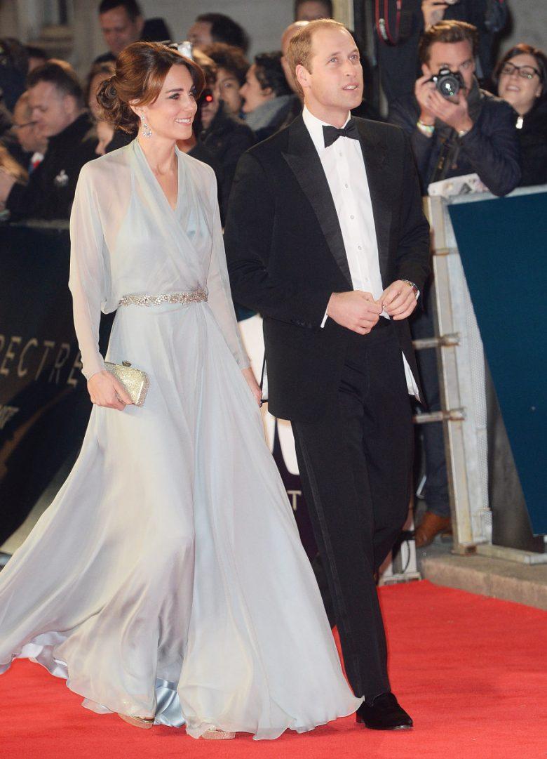 Já deu pra perceber que adoro o estilo e a elegância da Kate. Aqui é uma festa black tie
