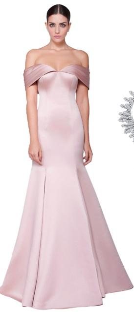 Outro vestido em corte alfaiataria